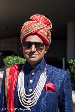 Elegant Indian groom ready for baraat.