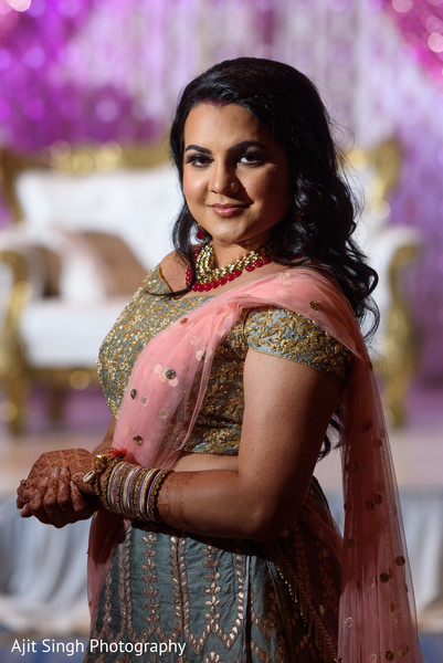 indian bride,indian wedding reception fashion