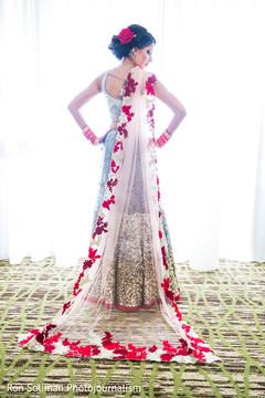 Phenomenal indian bridal reception photo session.