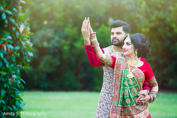 Dazzling indian bride and groom's Grah Shanti fashion photography.