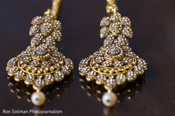 Marvelous Indian wedding earrings.