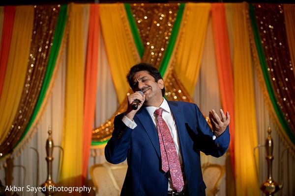 Wonderful Sangeet song performance.
