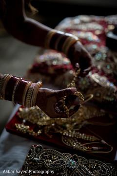 Photo capture of Indian bridal polki necklace choker.