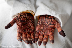 Indian bridal henna art capture.