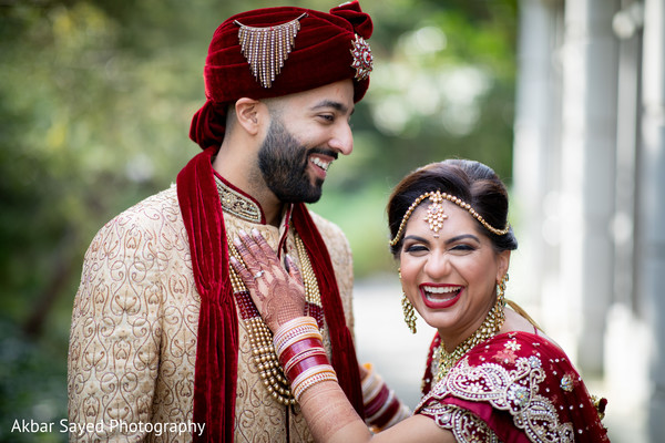 Ravishing Indian couple's wedding attire.