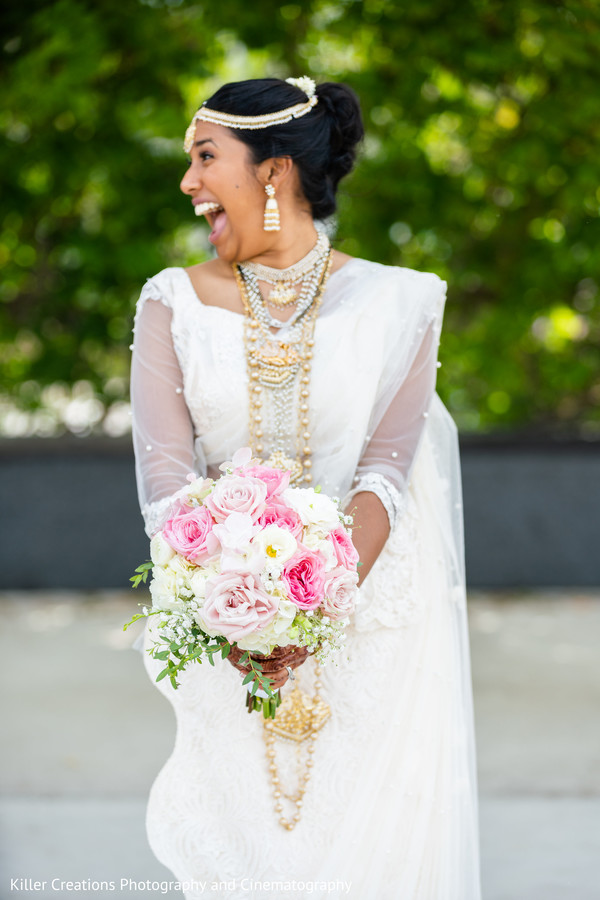 indian bride,bouquet,maharani,gown