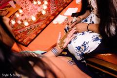Marvelous Henna art being done capture.