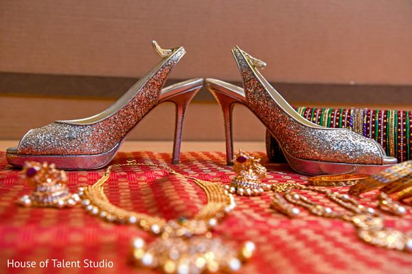 Stunning Indian bridal shoes and jewelry capture.