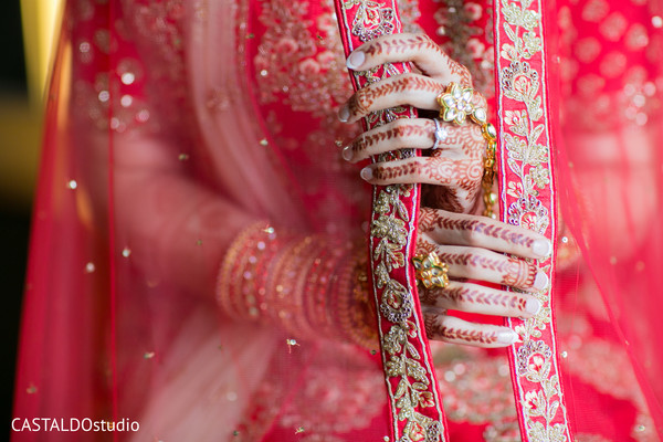 indian bride fashion,indian bride jewelry,bridal ghoonghat