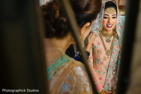 indian bride,maharani,getting ready,ceremony