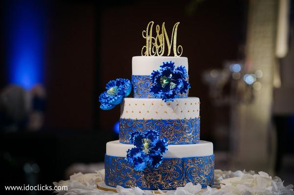 Indian wedding cake photography.