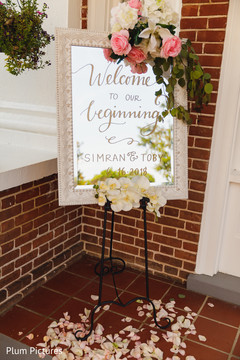 Marvelous Indian wedding welcome mirror sign.
