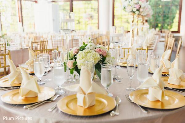 Marvelous Indian wedding table napkins decor.