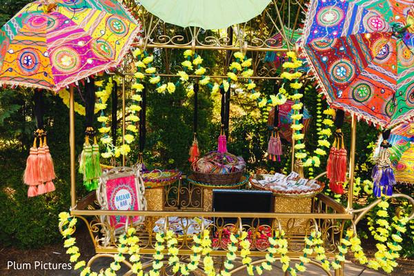 Incredible Sangeet bazaar carriage.