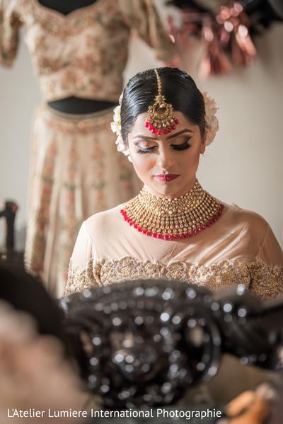 Impressive Indian bridal Kundan.