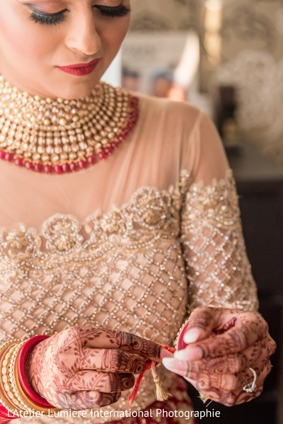indian bride,bridal ceremony fashion