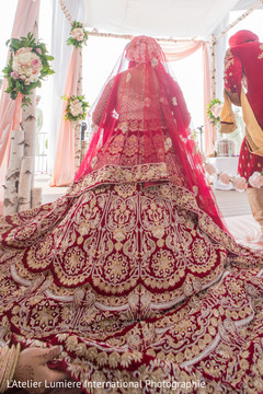Incredible maharanis lehenga embroidery capture.