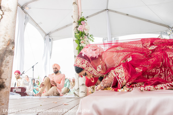 traditional indian wedding ceremony,indian bride,wedding ritual