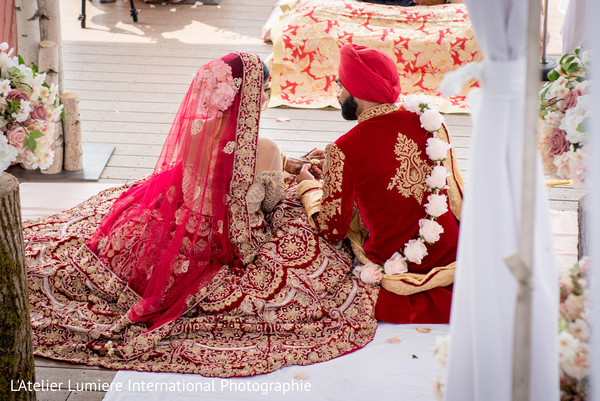 traditional indian wedding ceremony,indian bride,indian groom