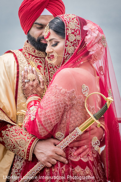 indian bride,indian groom,traditional indian wedding fashion