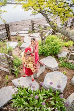 Impressive Indian bride and groom capture.