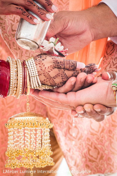 indian groom,indian bride,indian wedding,ceremony ritual