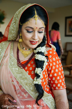 Indian bride's hair and makeup details