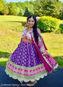 Stunning Maharani showing her beautiful attire