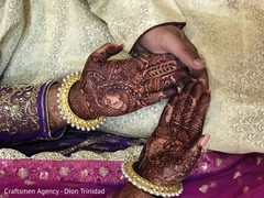 Mehndi design on the Indian bride