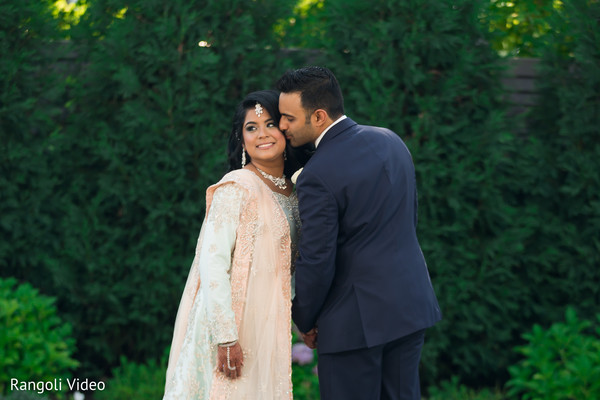 indian wedding,outdoors,venue,maharani