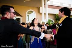 Ravishing guests as the baraat arrives