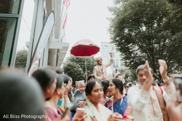 indian bride,raja,venue,baraat