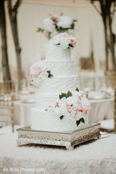 Indian wedding cake details