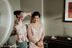 See this gorgeous Maharani preparing for the ceremony