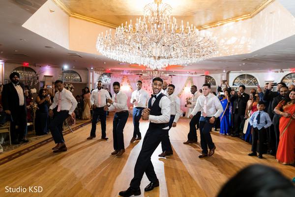 groom,maharani,groomsmen,choreography