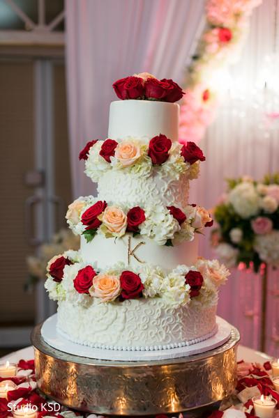 cake,indian wedding,venue,decor