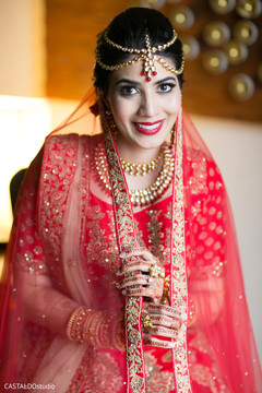 Stunning Indian bride on her ceremony outfit capture.