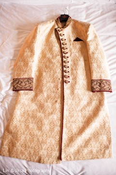 Marvelous Indian wedding groom's sherwani.