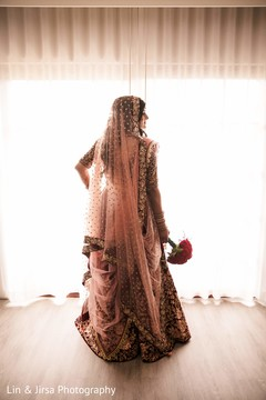 Impressive Indian bridal Ghoonghat capture.