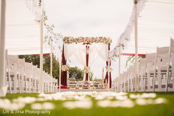 Heavenly Indian wedding flower decorations.