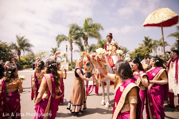 baraat horse,indian groom,baraat procession