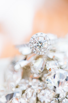 Stunning Indian engagement ring photo.