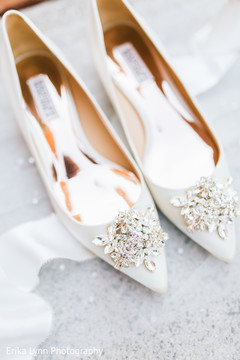 Incredible Indian bridal stones on shoes capture.