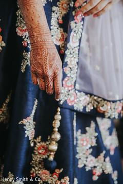 Mahrani's mehndi design details