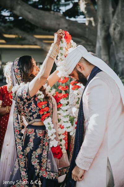 indian wedding,ceremony,venue,lengha