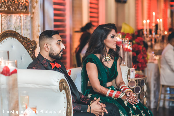 See this beautiful Indian bride paying attention
