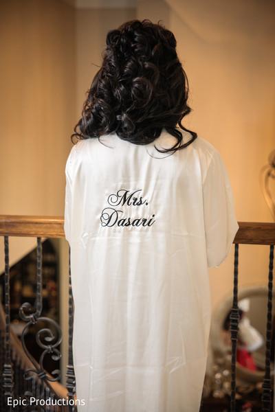 indian bride,bridal hair