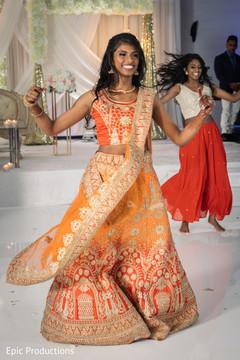 Gorgeous Indian bride reception dance capture.
