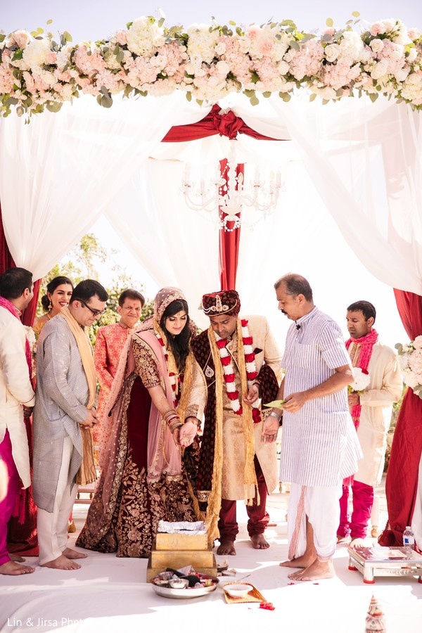 sindoor wedding ritual,indian wedding ceremony,indian bride and groom