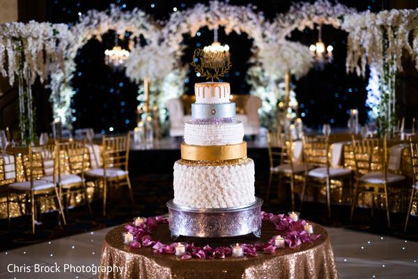 Magnificent Indian wedding cake decor.